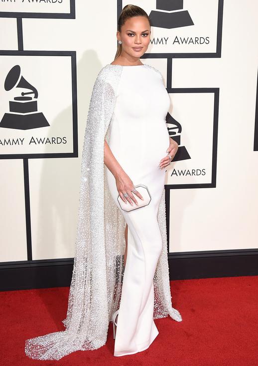 Chrissy Teigen Grammys 2016